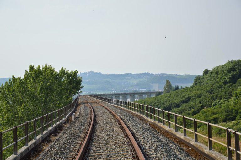 Riapre la linea ferroviaria Asti-Alba?