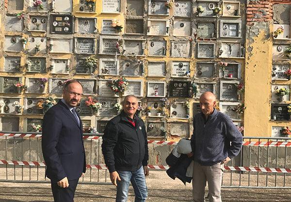 Sopralluogo al cimitero di Asti del sindaco Rasero