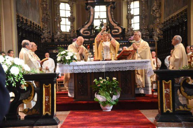 Une festa di famiglia per il Cardinale Sodano: la fotogallery