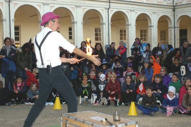 Stregati da Halloween: la festa al Museo dei fossili e a Palazzo Mazzetti conquista i bambini