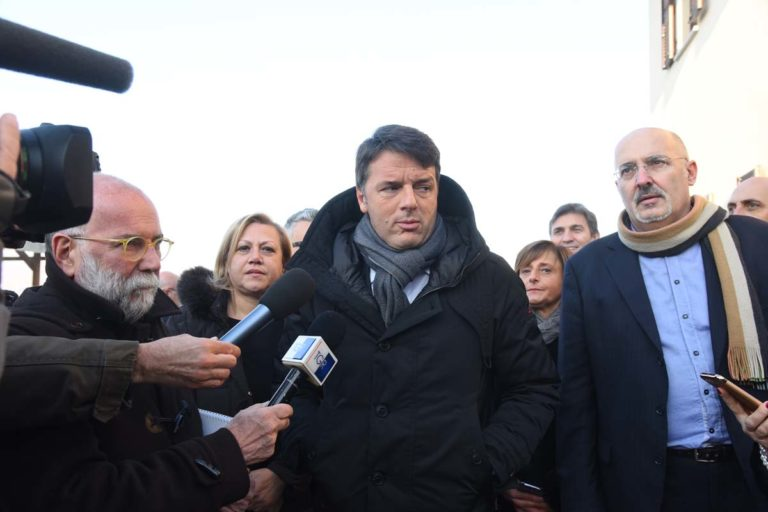 Matteo Renzi ad Asti per parlare di Servizio Civile. La fotogallery