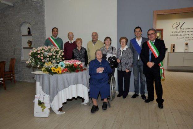 Un fine anno ricco di centenari nell'Astigiano