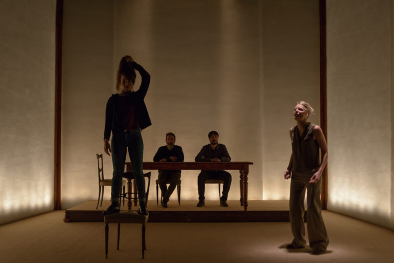"""Al Teatro Alfieri """"La cerimonia"""" di Oscar De Summa"""