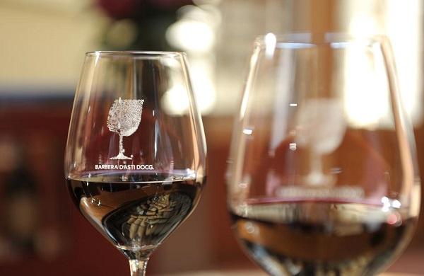 Vinitaly 2018, oltre 100 etichette di Barbera d'Asti e vini del Monferrato in un grande banco d'assaggio
