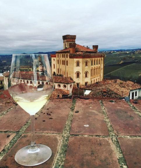 Nasce Indigena Wine School per trasformare i castelli di Costigliole e Barolo in un centro studi e una scuola del vino internazionale