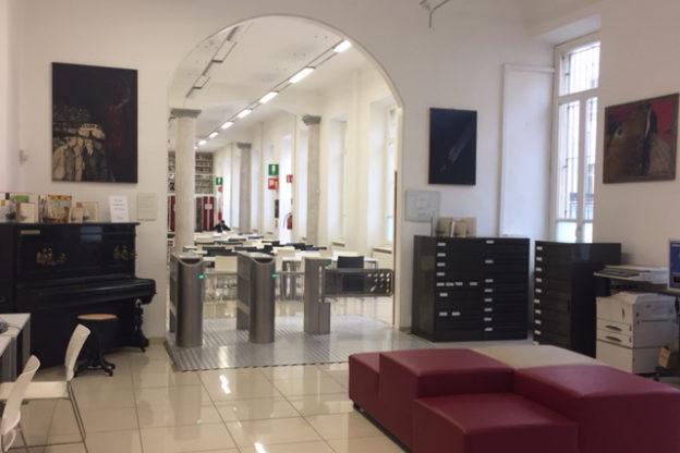 Alla Biblioteca Astense i quadri di Valerio Miroglio