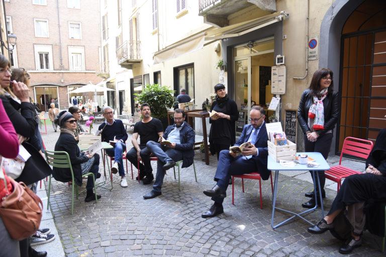 Nel centro di Asti è bookcrossing in compagnia di arte, design, moda e buon cibo