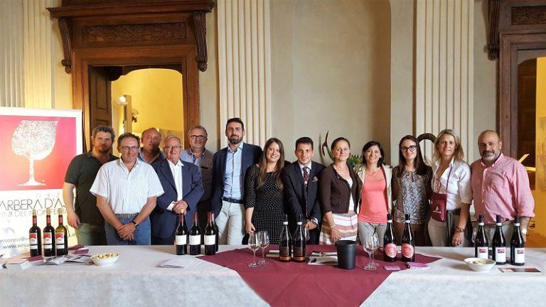 """Si brinda al 80esimo anno dell'Albarossa in 18 ristoranti tra Monferrato e Langhe con """"Albarossa in Tavola"""""""