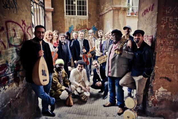 Giovedì 21 giugno il concerto dell'Orchestra di Piazza Vittorio apre AstiTeatro40