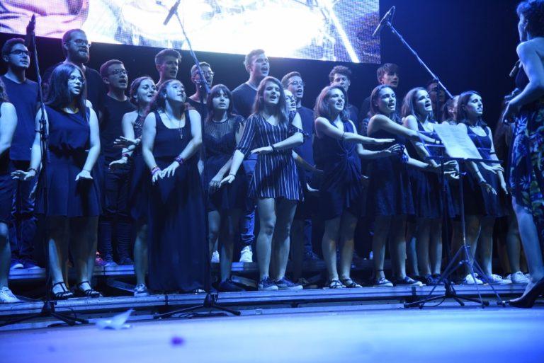 Piazza Cattedrale gremita per la sfida dei cori: ecco i premiati e le foto dell'Asti God's Talent