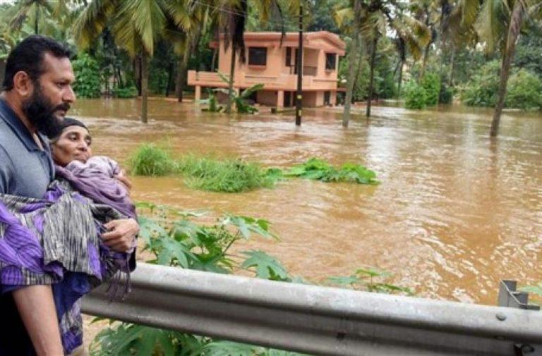 India: Kerala flagellato da alluvioni. Caritas accanto a popolazione colpita