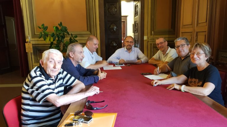 Asti: incontro tra Comune e sindacati su tariffe delle mense scolastiche e trasporto pubblico