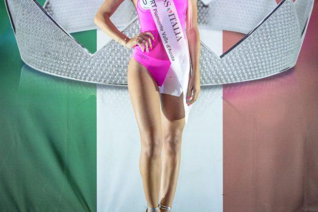 Esercito, Marina, Polizia: le aspiranti Miss Italia sognano un futuro nelle Forze Armate