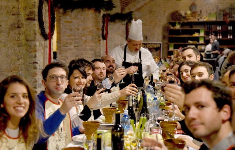 Ad Asti, in Piemonte e nel mondo torna il Bagna Cauda Day