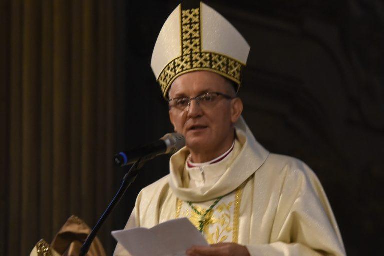 Gli auguri di Natale del vescovo Marco Prastaro