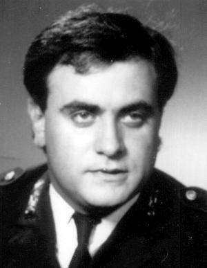 Asti, la polizia ricorda l'agente Fiorentino Manganiello