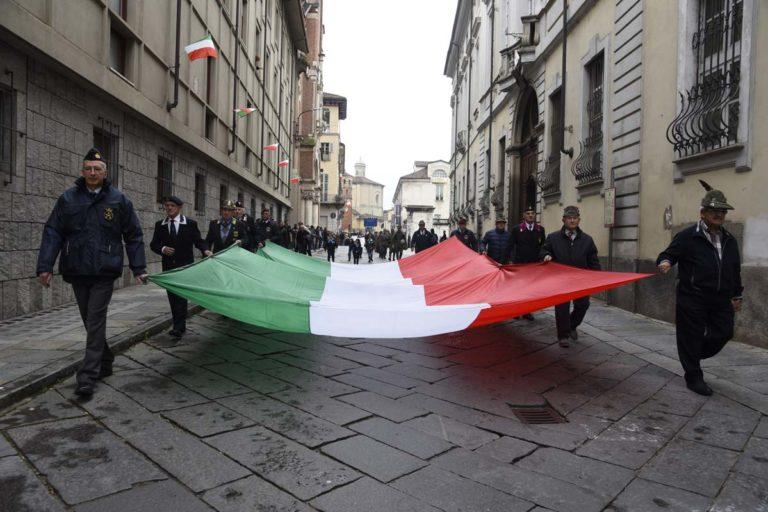 Asti, un pensiero ai caduti nel Giorno dell'Unità Nazionale e Giornata delle Forze Armate