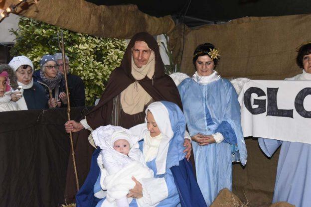 Il presepe vivente di San Martino inaugura la stagione del Natale di Asti: la fotogallery