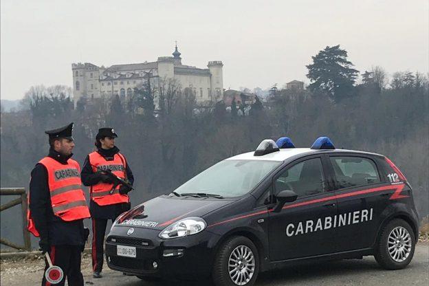 Night club aperto a Costigliole: venti persone multate dai carabinieri per violazioni della normative anti covid
