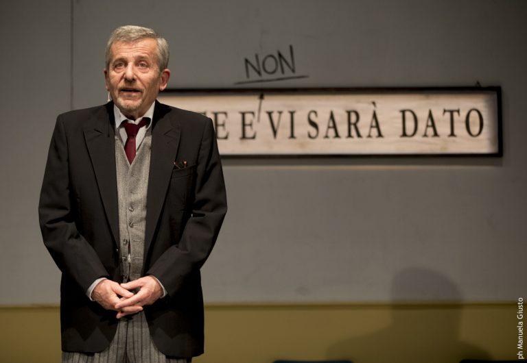 """Asti, arriva Maurizio Micheli con """"Uomo solo in fila – I pensieri di Pasquale"""""""