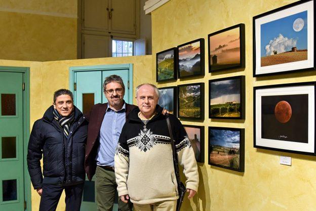"""Asti: la bellezza del Monferrato si svela in """"Filari di luce"""" al Museo dei fossili"""