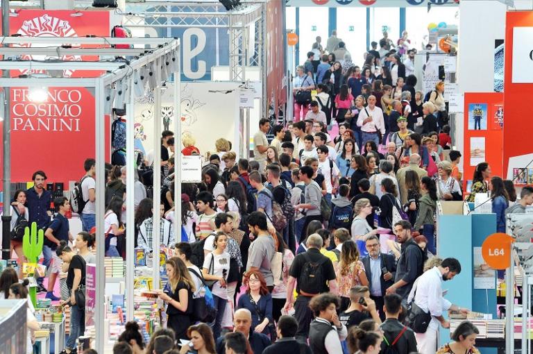"""Salone del Libro di Torino 2019 dal 9 al 13 maggio: temi e protagonisti della prima edizione dopo la """"guerra"""" con Milano"""