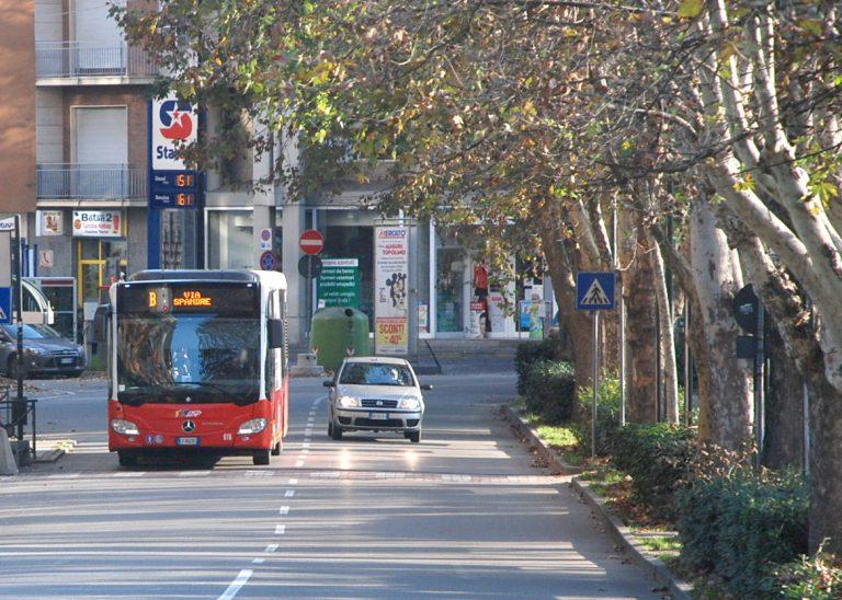 Asti, domenica 14 aprile variazioni di percorso per i bus della linea festiva B di Asp