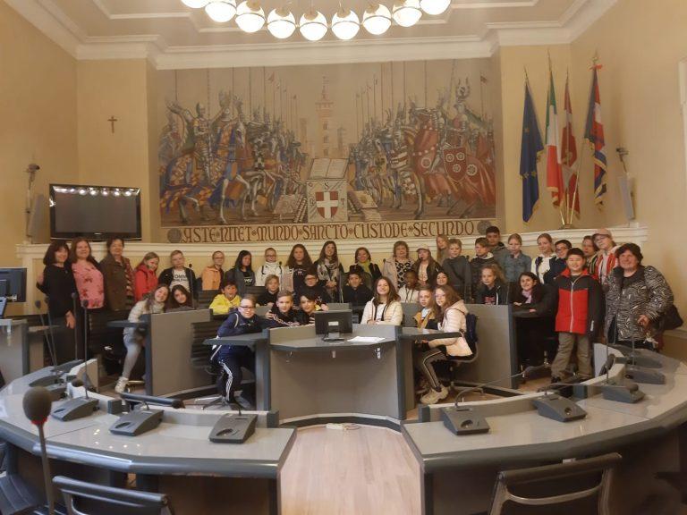 Una classe finlandese in visita al Comune di Asti
