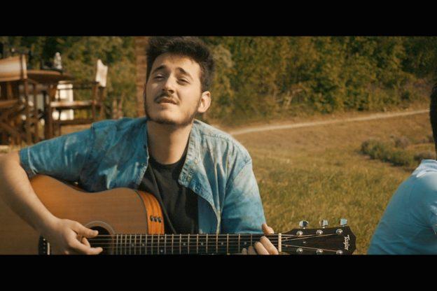 Ivan Bentivoglio gira il video del suo singolo fra Asti, Cuneo e Sanremo