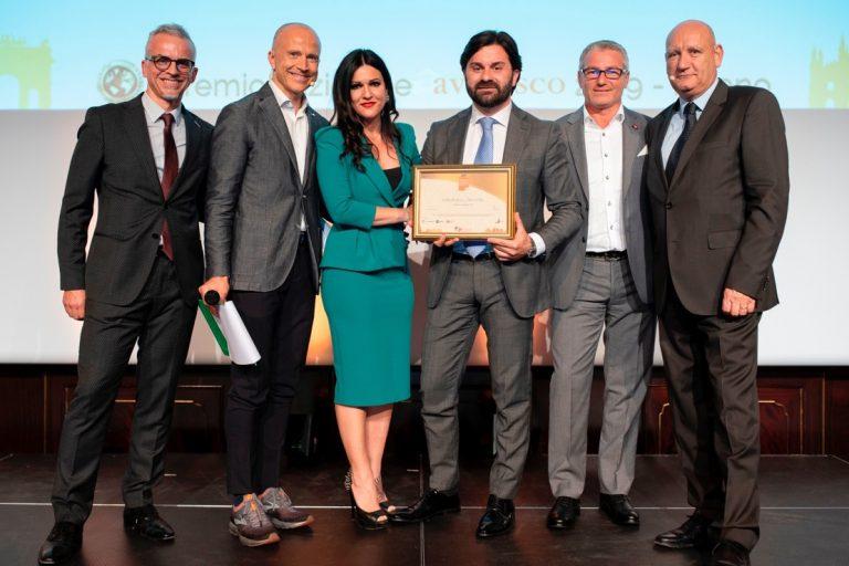 Una coppia di Asti premiata come migliori incaricati alle vendite d'Italia per Avendisco