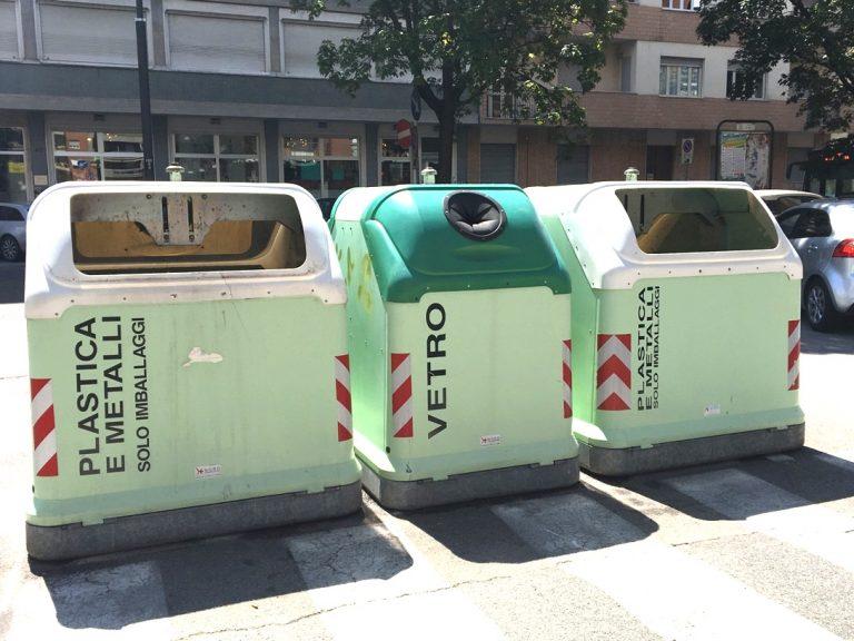 """Angela Motta: """"Comune e Asp spieghino il disservizio dei cassonetti della plastica"""""""