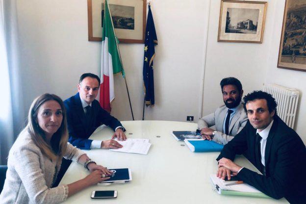 """Mercatone Uno. Il presidente Cirio: """"In attesa della cassa integrazione la Regione siglerà convenzioni con le banche disponibili ad anticiparla"""""""