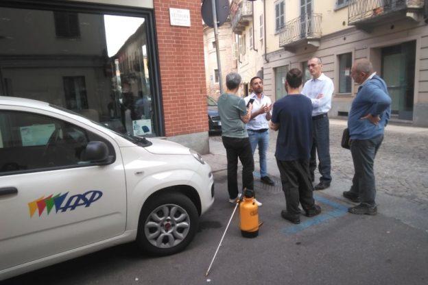 L'invasione delle blatte fra le strade di San Rocco: parte la disinfestazione dell'Asp
