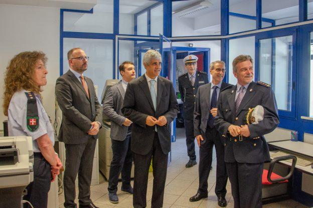 Asti, il prefetto Terribile in visita al comando provinciale della polizia municipale