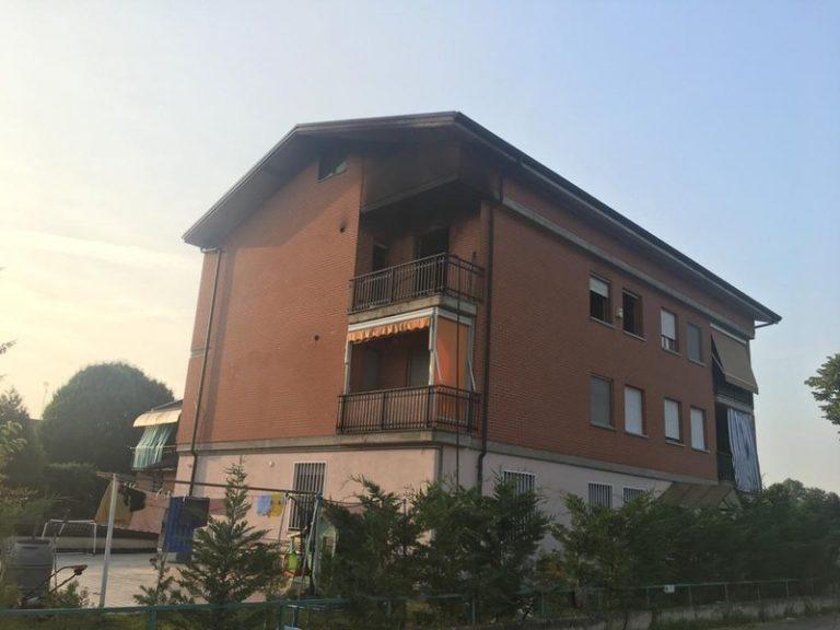 Incendio nella notte in una palazzina: morto un uomo a Baldichieri