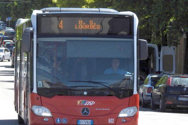 Asti, cambiano i percorsi dei bus per la Notte Bianca