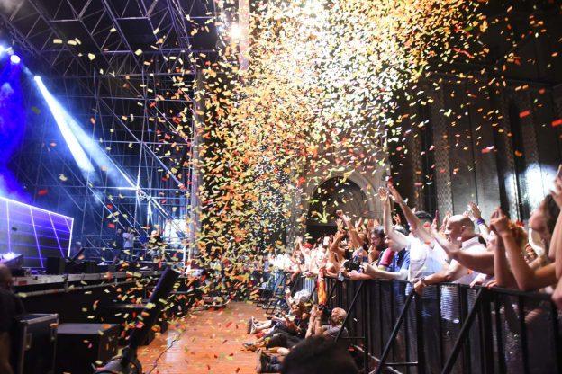 Musica e divertimento con il Deejay Time, Cristina D'Avena e gli Eiffel 65: la fotogallery