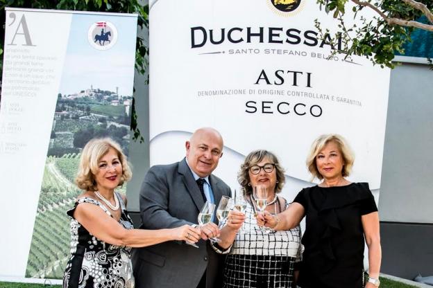 Capetta festeggia il Moscato e i suoi conferenti di uve