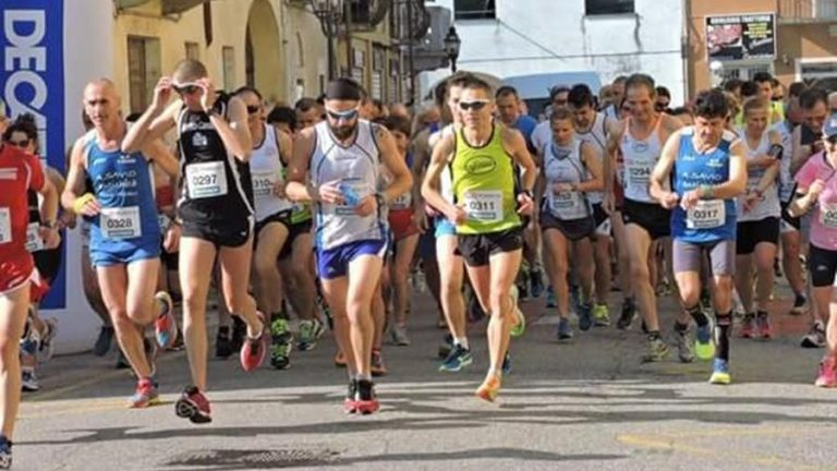 Canelli si trasforma nella capitale italiana di corsa su strada