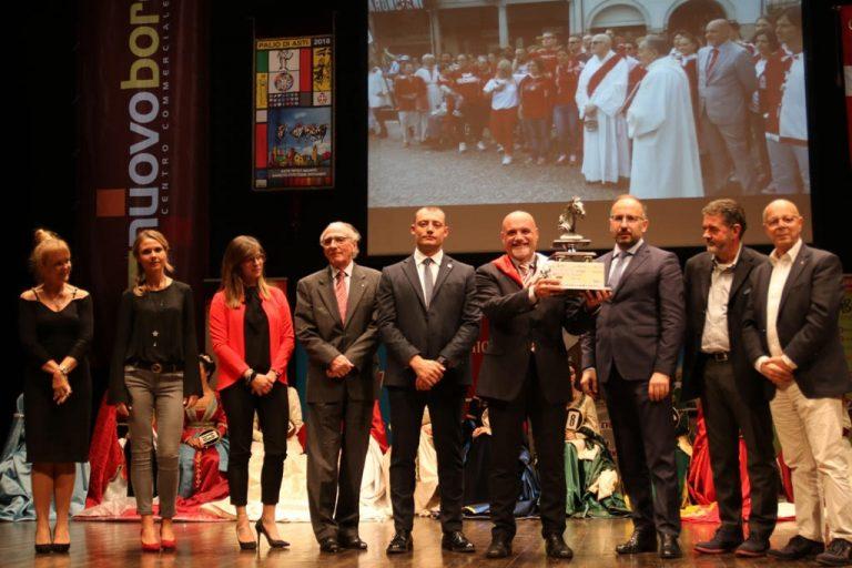 Asti, al Teatro Alfieri si elegge la Damigella del Palio