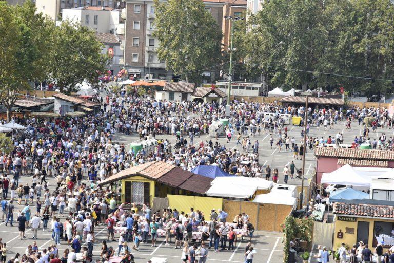 Asti ospita il più grande ristorante a cielo aperto d'Italia: in piazza del Palio è Festival delle Sagre