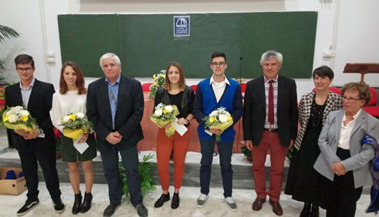 Al Penna si consegnano le borse di studio in memoria di Paolo Vastadore