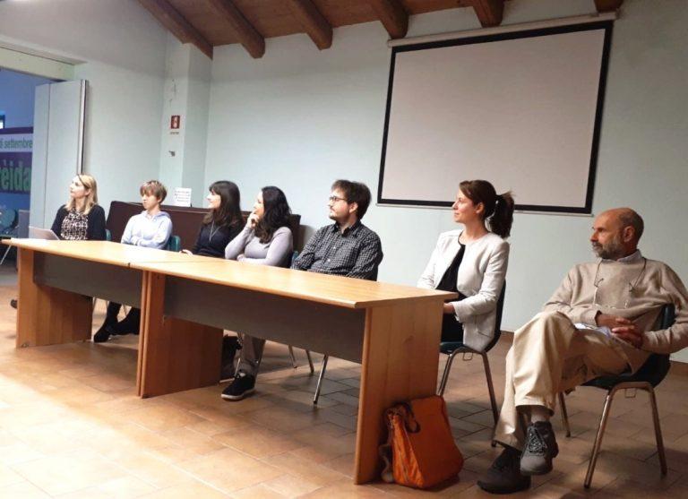 """Le storie delle """"belle persone"""" conquistano i ragazzini di Villafranca"""