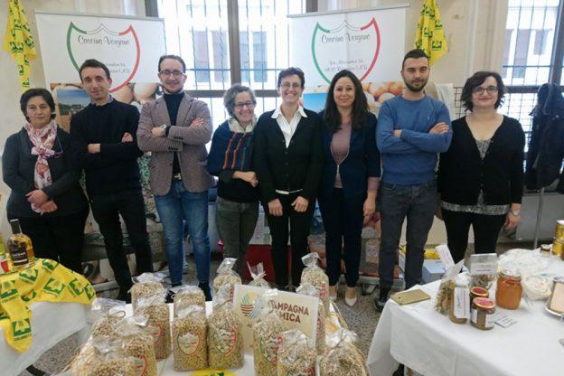 """Coldiretti: forte ricettività degli agriturismo; nuove prospettive con la """"vendemmia didattica"""""""