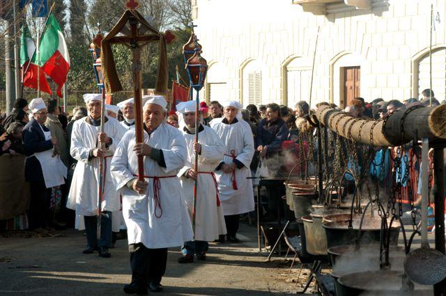 Tradizione e solidarietà con la Fagiolata di San Defendente