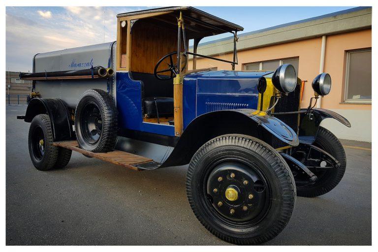 """In mostra ad Automotoretrò anche una collezione di camion storici del """"Gruppo Marazzato"""""""
