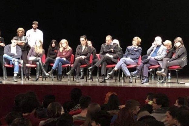 Mattinata di sensibilizzazione contro la violenza di genere ad Asti
