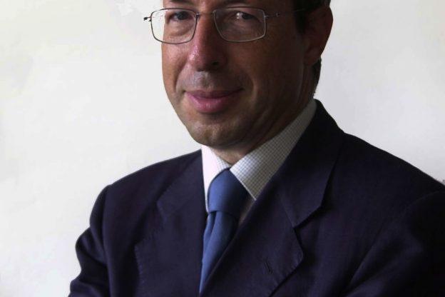 Asti, Alberto Sinigaglia presenta il suo libro a palazzo Ottolenghi