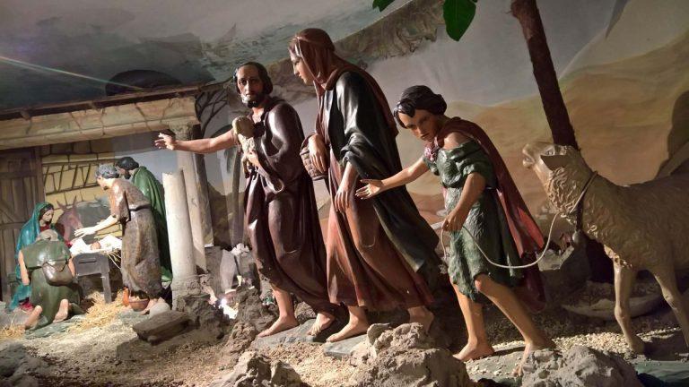 Asti, tutti in visita al presepe del Santuario della Madonna del Portone