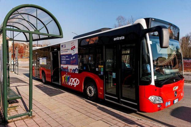 Si fermano i bus delle linee scolastiche frazionali e i rinforzi studenti di Asp per la chiusura delle scuole
